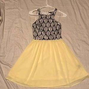 Lulus Geometrical top with yellow skirt Dress.. XS